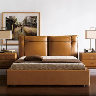 1186  Leather King Bed