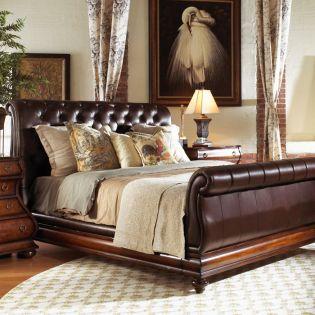 570-267 Gentlemans  Leather Sleigh Bed (침대+협탁+화장대)
