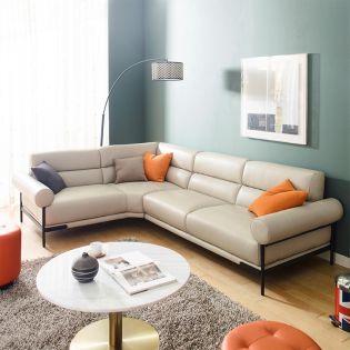 A0347  Sofa w/ Chaise