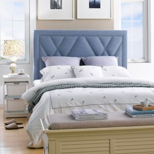DS-D043-250K-408  Queen Panel Bed